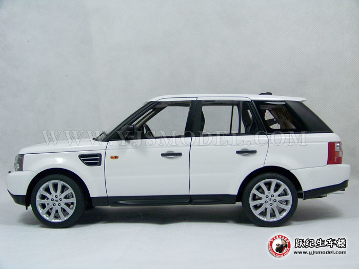路虎揽胜运动版 汽车模型 1:18 autoart 74809 land rover 白色